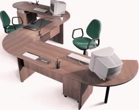 Универсальный офисный стол для двоих