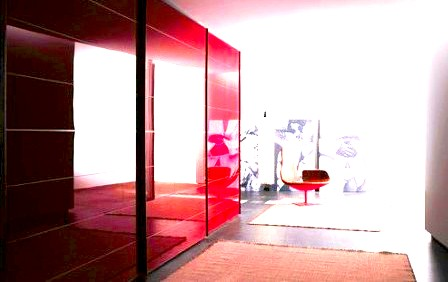 Гардеробная комната для офиса.